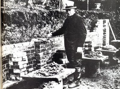 Winston Churchill bricklaying