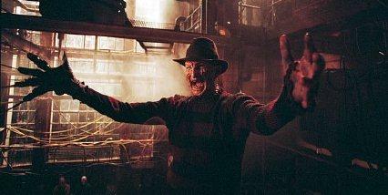 Freddy Krueger arms extending