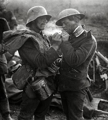Christmas Truce soldiers