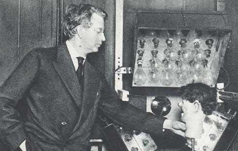 John Logie Baird with stooky bill