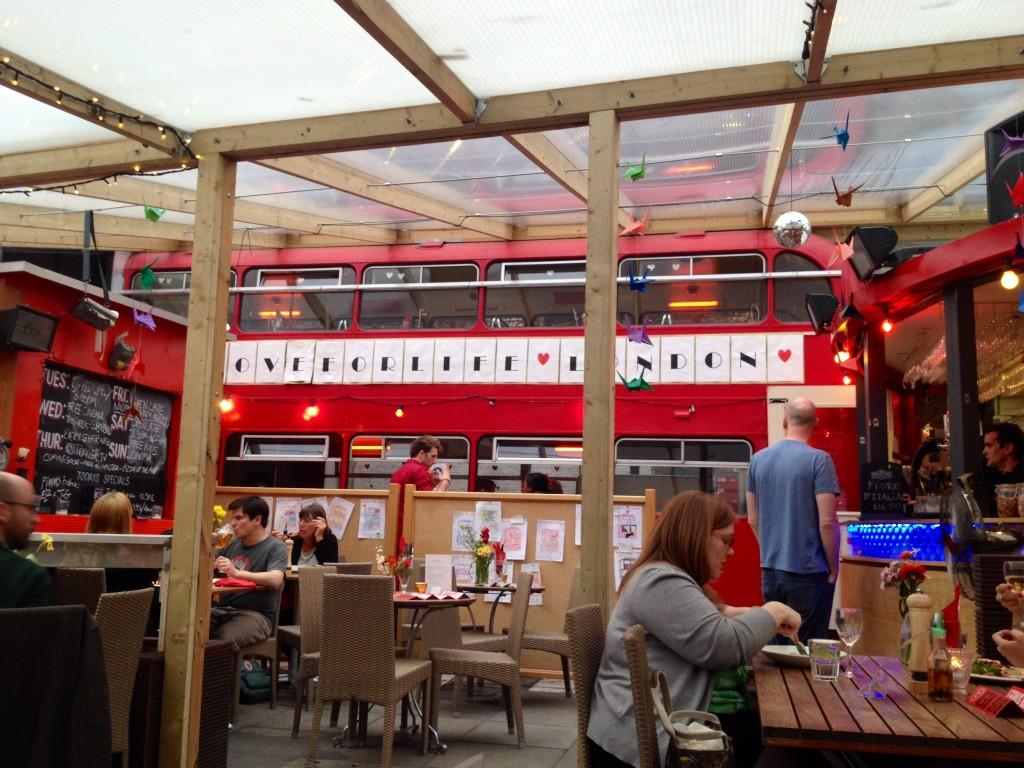 big red bus pizzeria