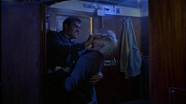 Orient Express fight James Bond