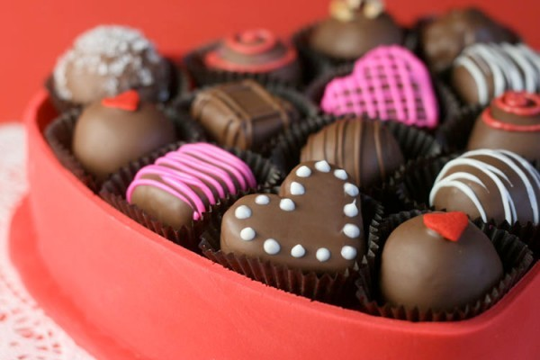 10 Valentine S Day Facts To Make Your Heart Skip A Beat The List Love